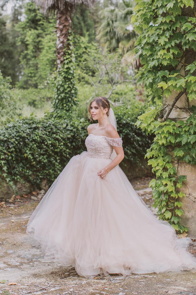 Finding My Wedding Dress • WishWishWish